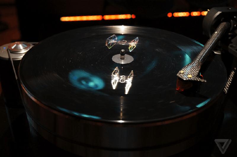 star-wars-the-force-awakens-hologram-vinyl-record